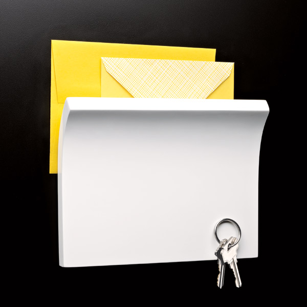 Piano White Magnetter Key & Letter Holder by Umbra