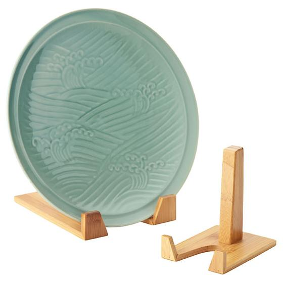 Bamboo Plate Stands