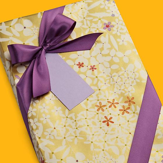 Gold Floral Lace Gift Wrap