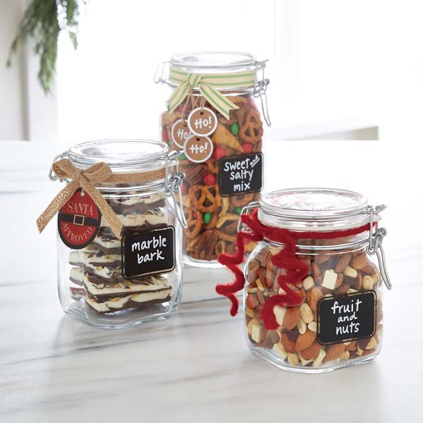 Loving these jars to keep the pantry organized