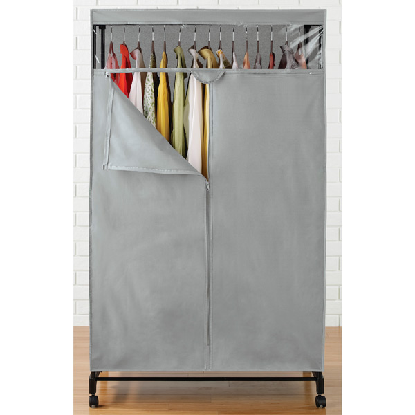 Closet store clothing