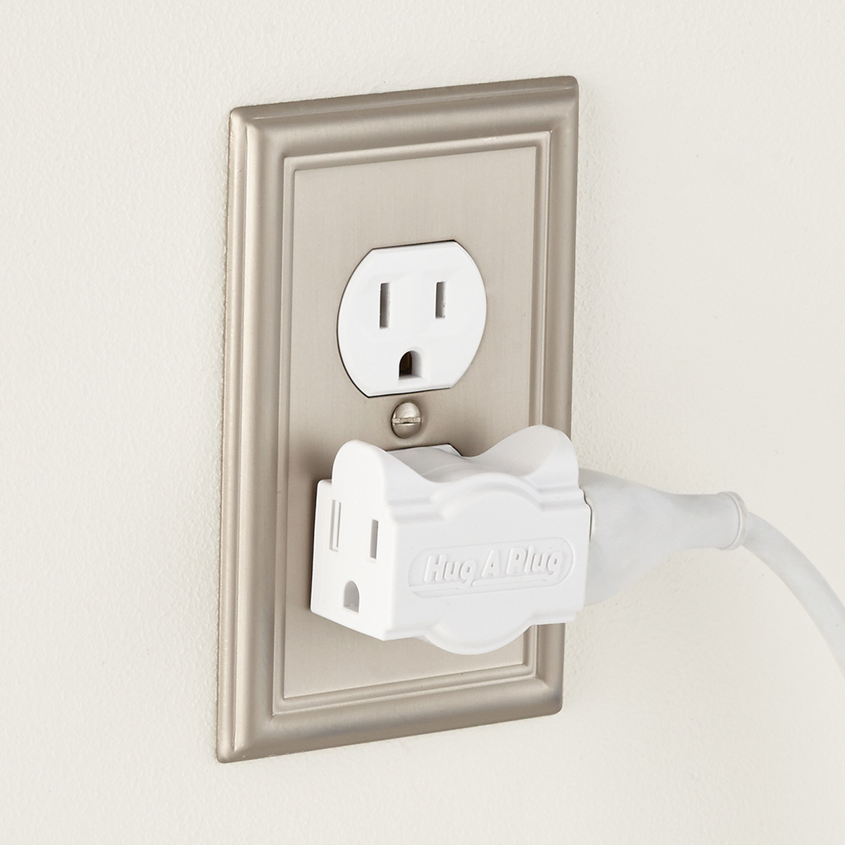 Hug-A-Plug Outlet Extender