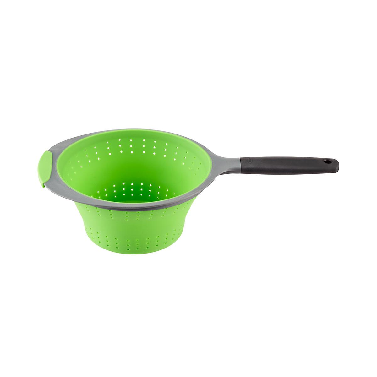 OXO 2 qt. Collapsible Strainer