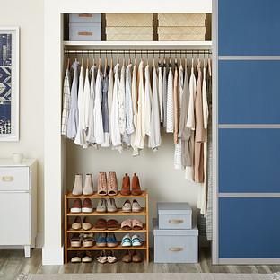 Women's Small Closet with Shoe Shelves