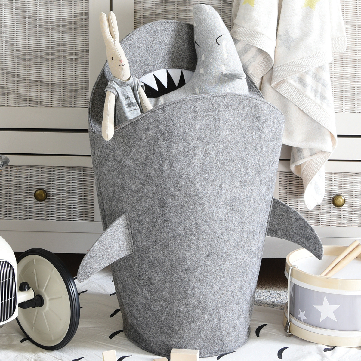 Little Stackers Shark Hamper