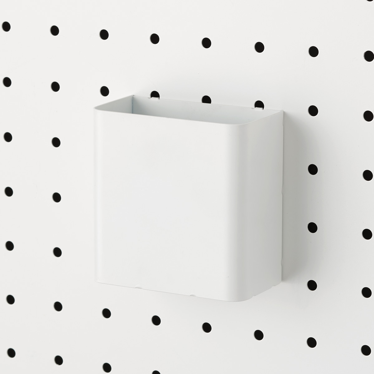 White Bello Pegboard Pen Cup
