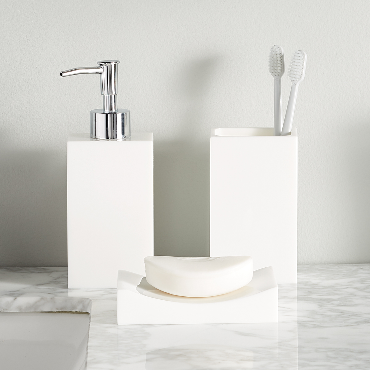 White Deco Countertop Bathroom Set