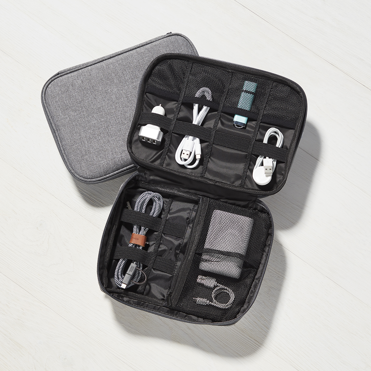 Tech Cord Organizing Pocket
