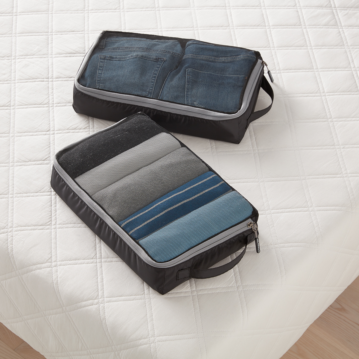Black Large Packing Cubes Set of 2