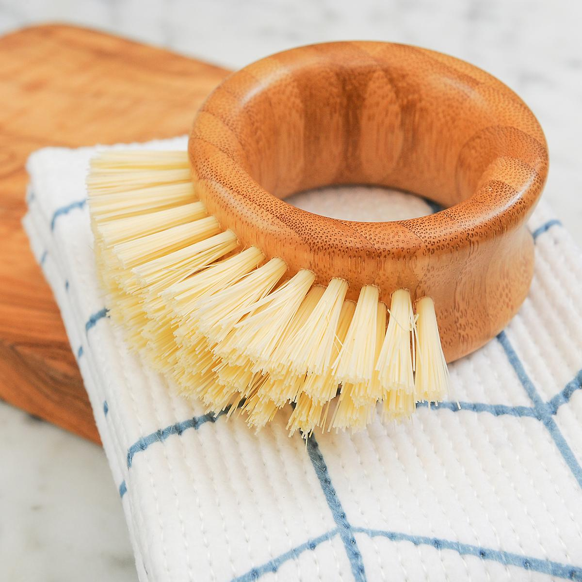 Full Circle Ring Vegetable Brush
