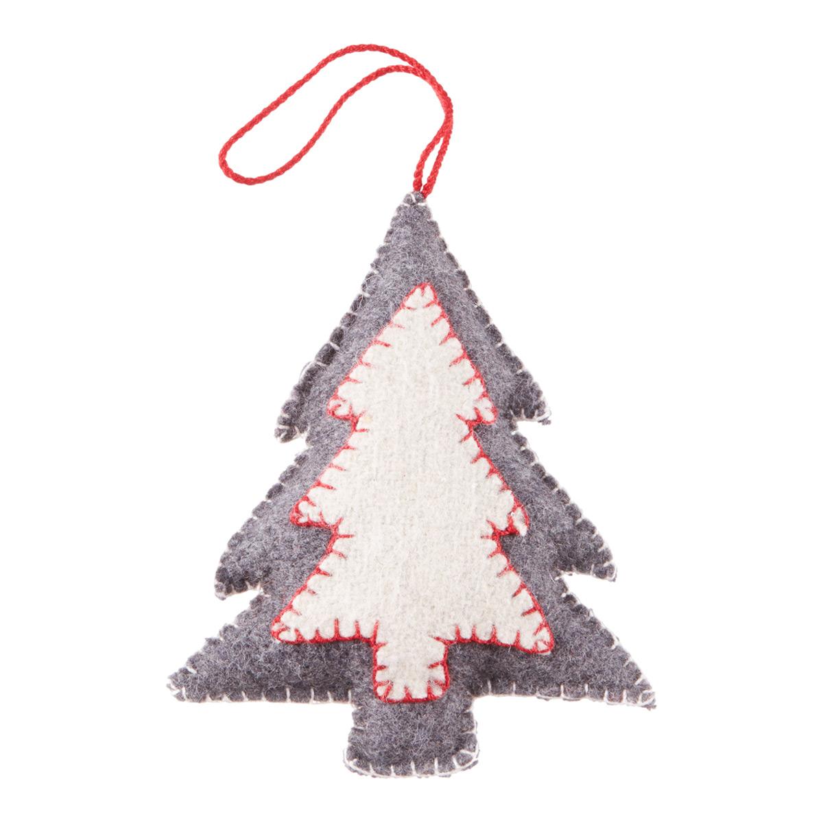 Tie-On Stitched Tree