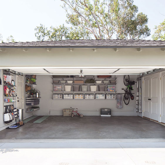 Platinum elfa utility Garage with Multiple Storage Zones