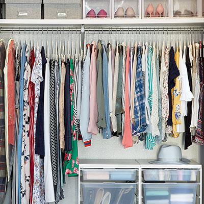How to Maximize Closet Space by Storing Seasonal Clothes-image